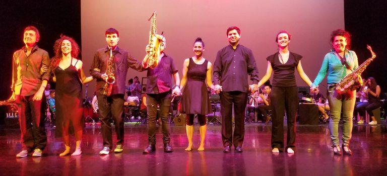 """Ymentas Sax Quartet i Deria Rectificadora & Orquestra """"Do d'acords"""" i Baktun Ensemble at Mercat de les Flors Barcelona, 5-6-2018"""